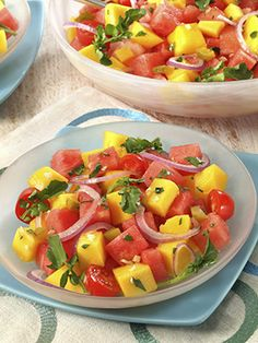 Mango Salad Recipe for Better Skin (For Real!) A Mango Salad Recipe for Better Skin (For Real! Vegetarian Recipes, Cooking Recipes, Healthy Recipes, Easy Recipes, Healthy Salads, Healthy Eating, Healthy Drinks, Mango Salat, Watermelon Salad