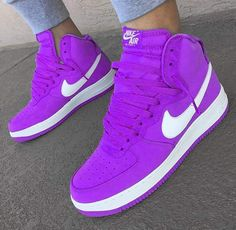 Sneakers Nike Pink Sports 21 Ideas For 2019 Cute Sneakers, Pink Sneakers, Sneakers Fashion, Fashion Shoes, Sneakers Nike, Cheap Fashion, Fashion Men, Hype Shoes, Women's Shoes