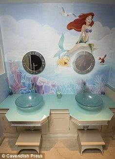 Luxury Bathrooms Manchester would you pay £15,000 a month for this flat? footballer phil