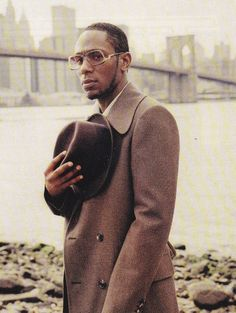 """It's machine-like how things are run now in hip-hop, and my ambitions are very different."" - Mos Def"