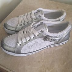 7cf274a3189 Woman's Guess Sneakers These our Woman's Guess Sneakers. These look like  brand new sneakers.