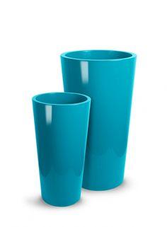 / Plastic planters - 33 x / 40 x Plastic Planters, Planter Pots, Vase, Tableware, Flowers, Plants, Home Decor, Homemade Home Decor, Dinnerware