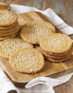 Cinnamon buns cookies, tough cookies with cinnamon buns flavor Bagan, Cookie Desserts, Cookie Recipes, Hot Cocoa Recipe, Norwegian Food, No Bake Snacks, Swedish Recipes, Food Cakes, Yummy Cookies
