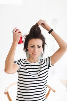 5 Motivated Cool Ideas: Ballet Bun Hairstyles brunette hairstyles it works.Messy Hairstyles With Glasses finger wave hairstyles hollywood glamour. Wedge Hairstyles, Hairstyles With Glasses, Hairstyles With Bangs, Beehive Hairstyles, Wedding Hairstyles, Bouffant Hairstyles, Updos Hairstyle, Brunette Hairstyles, Hairstyles 2018