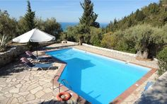 Lovely #traditional #villa #closetothebeach into the green with #relaxing view!#vacation #lefkada #summer #holidays  https://goo.gl/V9HAZQ