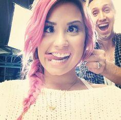 Demi Lovato's Pink Hair -- Rocks Sexy Side Braid