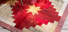 Christmas tree skirt pattern from Hendes Verden - love this as a table topper *