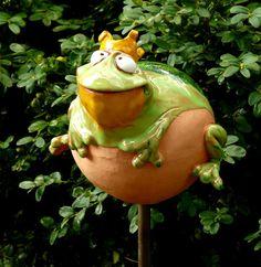 Unser Gartenfrosch Keramik tolle Glasur  28.60 Euro Kann alleine stehen oder auf Stab http://stores.ebay.de/Lydia-s-Wohn-Garten-Ambiente_Garten-und-Terasse_W0QQfsubZ253412019