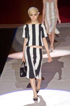 Marc Jacobs. Stripes Runway Fashion Week Spring 2013 - Spring 2013 Fashion Trends - ELLE
