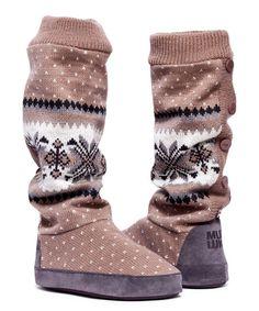 Mocha Mousse Angie Cuff Slipper Boot//