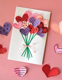 geburtstagskarten-gestalten-karte-3d-herzen-luftballons-blumen-blumenstrauß-rosa-schleife-weißes-papier