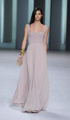 old hoolywood evengin gowns | Prom Runway Trend: Long Dresses | Dresses | TeenVogue.com