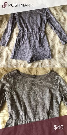 BB Dakota Lace gray romper Sz 6 🛍 3+ BUNDLE = SAVE!  🚫TRADES 🚫HOLDS 🚫MODELING   💯BRAND AUTHENTIC   ✈️ SAME DAY SHIPPING -- purchase by 2pm   🖲 USE BLUE OFFER BUTTON TO NEGOTIATE  ❓ Questions? Just message me! BB Dakota Dresses Mini