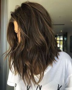 Long bob hairstyles 23714335524232744 - 45 Best Short Hairstyles for Thick Hair 2019 – Styles Art Source by Long Bob Hairstyles For Thick Hair, Short Straight Hair, Haircut For Thick Hair, Short Hair With Bangs, Short Hairstyles For Women, Short Hair Cuts, Easy Hairstyles, Medium Hair Cuts Wavy, Hair Cuts Thick Hair