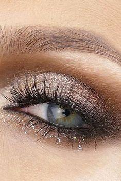 makeup ideas for blue eyes warm brown eyeshadows with silver glow lorealmakeup via instagram