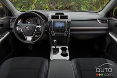 2012 Toyota Camry SE // Read the review of the car and watch the full photo gallery on Auto123.com right here: http://123.ly/GDllW7  // Lisez l'essai routier de la voiture et consultez la galerie photo complète sur Auto123.com ici : http://123.ly/GJKn4y