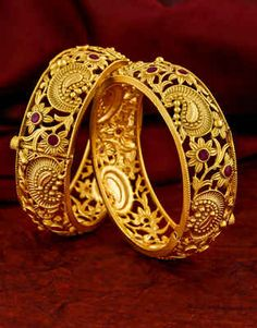 Buy Matte Gold Finish Pink Colour Fancy Traditional Bangles For Weddings Online Antique Jewellery Designs, Gold Ring Designs, Gold Bangles Design, Gold Earrings Designs, Gold Jewellery Design, Bridal Jewellery, Fashion Jewellery, Beaded Jewelry, Silver Jewelry