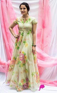 Long Dress Design, Stylish Dress Designs, Dress Neck Designs, Designs For Dresses, Long Gown Dress, Saree Dress, Long Gowns, Designer Anarkali Dresses, Designer Dresses