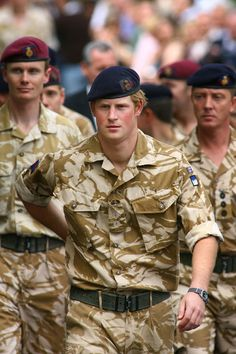 Prince Harry - Prince Harry Afghanistan Campaign Medal - Presentation