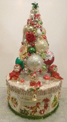 Vintage Pixie Elf Bottle Brush Tree Box with Christmas Brooch Pins Ornaments | eBay ....Ms Bingles