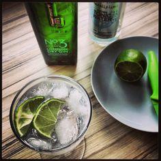 Gin o'clock! Nº 3 #ginpremium fever-tree tonic