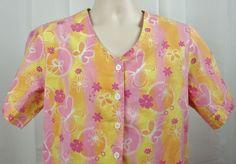Scrub Wear Colorful Floral Womens Scrub Top M Notched Hem & Sleeves Button Tab #Scrubwear