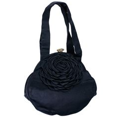 Preowned 1940's Satin Flower Bag ($450) ❤ liked on Polyvore featuring bags, handbags, 1940s - accessories - bags, black, pre owned handbags, evening hand bags, flower bag, evening handbags and oversized handbags