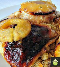 Hawaiian Chicken - A great dinner idea with wonderful caramelised pineapples on top and cooked it a delicious sauce! Serve with cous cous, rice, mashed potatoes, whatever you enjoy! #Hawaiian #chicken #dinner #pineapple