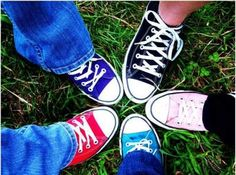 family photo shoot with all different converse shoes