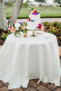 Summer wedding cake table - Bohemian Road Photography | Colorful Wedding Flowers Pop Agains Teal Bridesmaid Dresses - Belle The Magazine Summer Wedding Cakes, Summer Weddings, Wedding Cupcakes, Floral Wedding, Wedding Colors, Wedding Bouquets, Wedding Flowers, Our Wedding, Dream Wedding