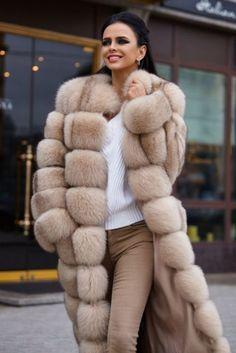 Nadire Atas on Why Fur Is Back in Fashion Fur Fashion, Winter Fashion, Fashion Looks, Fashion Outfits, Womens Fashion, Fur Clothing, Fabulous Furs, Fur Accessories, Fox Fur Coat