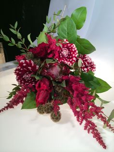 Granada, Vintage Bridal Bouquet, Christmas Wreaths, Holiday Decor, Floral Decorations, Events, Flowers, Grenada