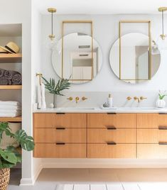 Pamper your powder room with modern bathroom decor. Shop vanity accessories, fluffy towels and even fluffier bed linens for a squeaky clean sleep. Plywood Furniture, Modern Furniture, Bathroom Sink Vanity, Master Bathroom, Ikea Vanity, Wood Vanity, Home Interior, Modern Interior, Interior Design