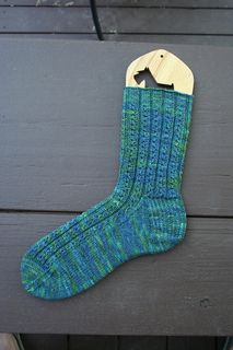 free easy sock knitting pattern, average difficulty 2/10- for the boyfriend in the winter?