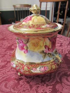 Nippon Biscuit Jar - I love biscuit jars!
