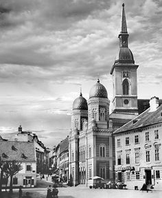 Bratislava Slovakia, Stew, Barcelona Cathedral, Taj Mahal, Times, Travel, Photos, History, One Pot