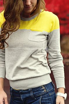 @Katie Richey Crandall of The Student's Wife wearing a color block sweater from Apricot Lane Provo.