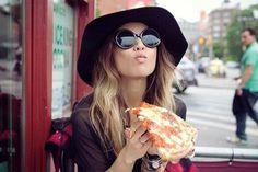 Χαλαρές βραδιές για πίτσα και κρασί στο Capanna - JoyTV