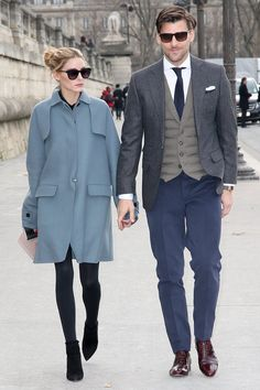 Olivia Palermo and Johannes Huebl- street style. Olivia Palermo Outfit, Estilo Olivia Palermo, Olivia Palermo Lookbook, Olivia Palermo Style, Stylish Couple, Elegantes Outfit, Winter Mode, Fall Winter, Summer Fall