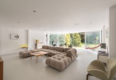 Holyport House by Peter Foggo and David Thomas – Interiors x Design