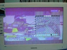 Телевизор включается и управляется с кнопок и ПДУ. Нарушена передача цвета, вертикальные полосы, искажение графических элементов меню. Звук, в виде акустического шума, прослушивается на максимальной г...