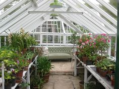 Vintage GreenHouse-Country House with water mill in Wiltshire