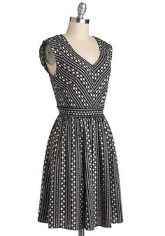 Daisy Chain of Events Dress - Print, Casual, A-line, V Neck, Mid-length, Blue, Tan / Cream, Sleeveless, Floral, Top Rated