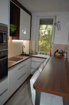 Ikea Kitchen Design, Modern Kitchen Design, Home Decor Kitchen, Interior Design Kitchen, Country Kitchen, Small Apartment Kitchen, Cuisines Design, Kitchen Remodel, 10 Days