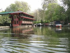 Regent's Canal by SULondon, via Flickr