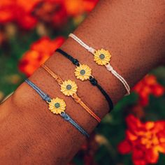 Sunflower Jewelry, Sunflower Accessories, Sunflower Flower, Claw Hair Clips, Pura Vida Bracelets, Charm Bracelets, Tassel Jewelry, Diy Jewelry, Jewelery