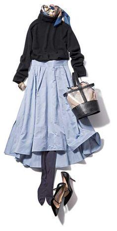 サックスブルーのフレアスカート×黒ニット in 2020 Modern Hijab Fashion, Modest Fashion, Fashion Outfits, Womens Fashion, Japanese Outfits, Japanese Fashion, Office Fashion, Work Fashion, Elegant Outfit