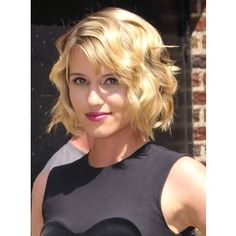 dianna agron curly blonde bob hairstyle