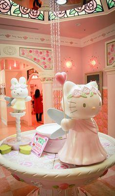 hello kitty's house in sanrio puroland - Hello Kitty Go To Japan, Japan Japan, Cute Japanese, Japanese Things, Cute Things From Japan, Hello Kitty House, Sanrio Characters, Sanrio Hello Kitty, Pug Love