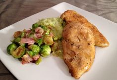 Chicken Eating, Meat Recipes, Baked Potato, Paleo, Food And Drink, Potatoes, Dishes, Baking, Ethnic Recipes